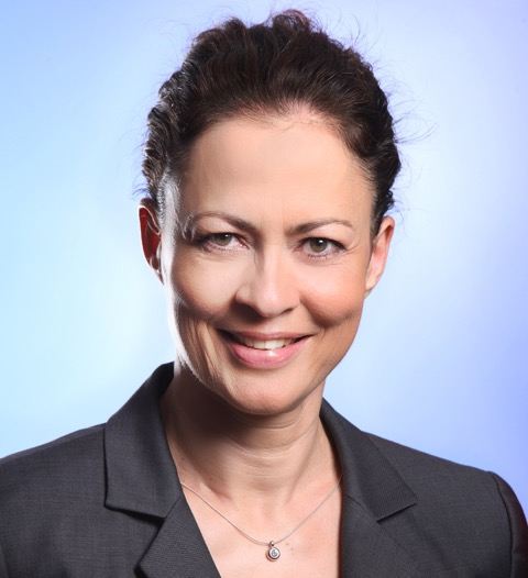 The International Alumni Association Recognizes Shila Schneider, PhD, MBA